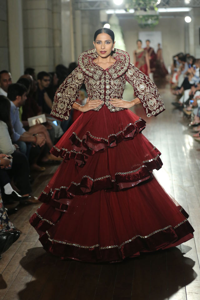 indian-style-gowns-trends-deep-red-layered-Manav-Gangwani-spring-summer-2017