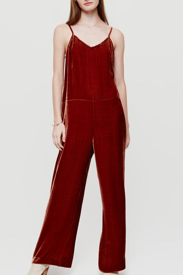 jumpsuit-red-lou-and-grey-velvet-straps-lounge-wear-fashion-trend