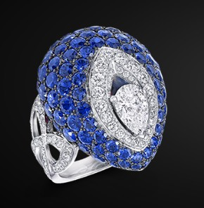 latest-designer-engagement-ring-for-women-graff-sapphire-diamonds-ss17