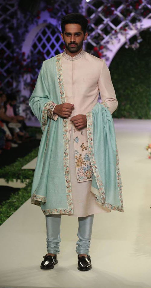 latest-designer-sherwani-trends-blue-floral-bordered-dupatta-varun-bahl-spring-summer-2017