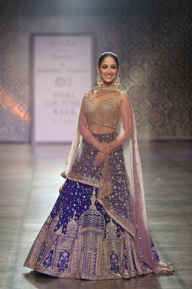 latest-lehenga-trends-bralette-blue-gold-architectural-motifs-rimple-harpreet-narula-spring-summer-2017