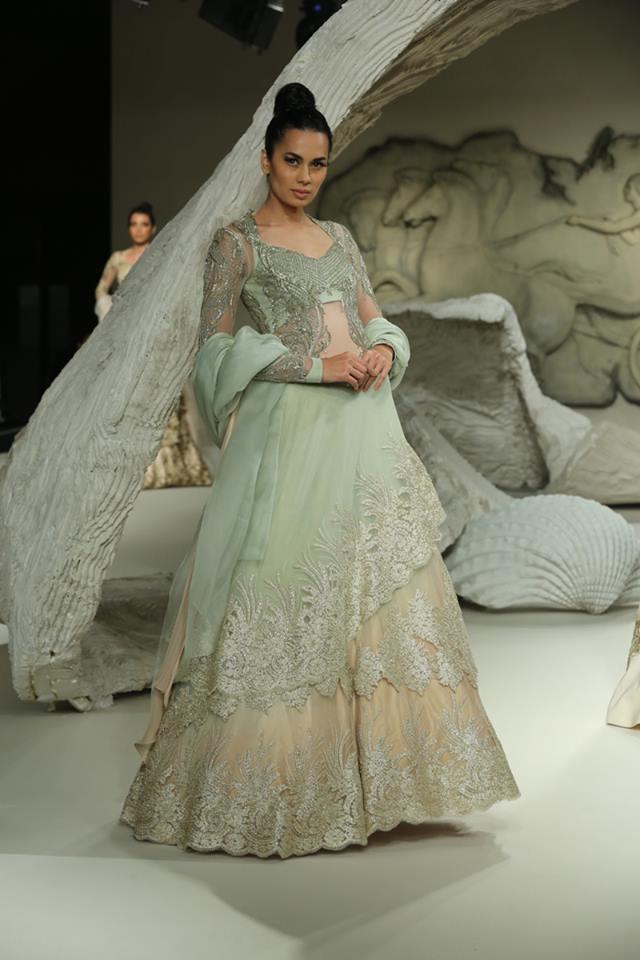 light-green-lace-border-top-designer-lehenga-gown-gaurav-gupta-2017