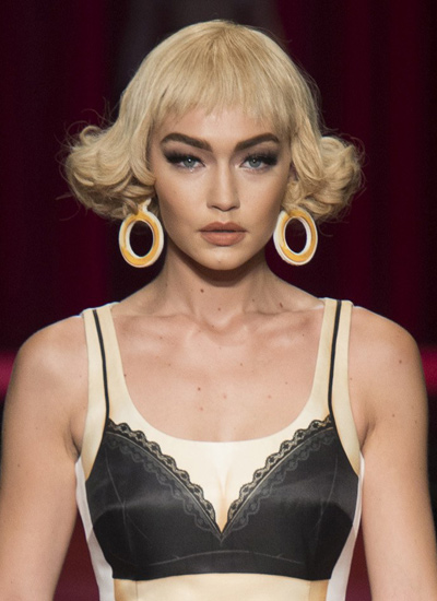 moschino-ban-hair-hairstyle-latest-gigi-hadid-ss17-collection-runway-trends