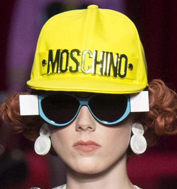 moschino-blue-frame-spring-summer-2017=black-lens-shades-for-women