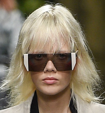 rectangular-frames-max-mara-sunglasses-trends-2017-runway