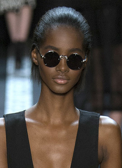 tight-hair-styles-spring-2017-vera-wang-fashion-for-women