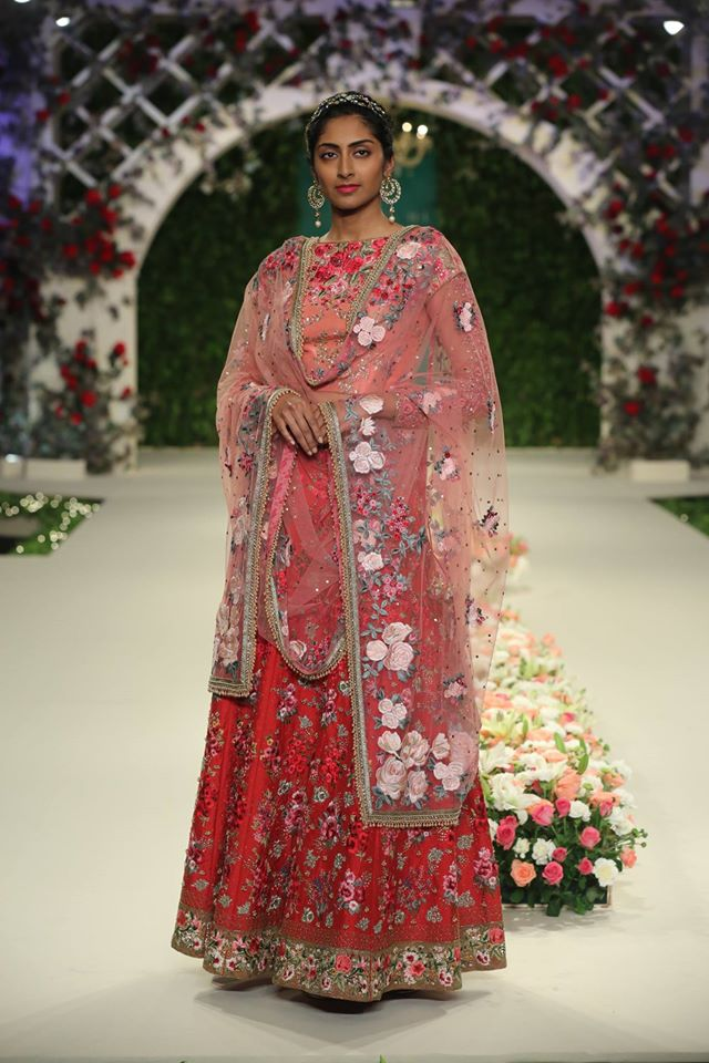 varun-bahl-coral-red-color-floral-lehenga-trends-design-style-summer-2017