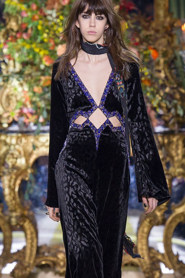 velvet-embossed-gown-roberto-cavalli-runway-fall-winter-2016-2017