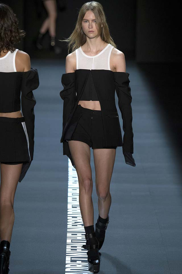 vera-wang-off-shoulder-black-bar-jacket-shorts-ss17-runway-fashion-week