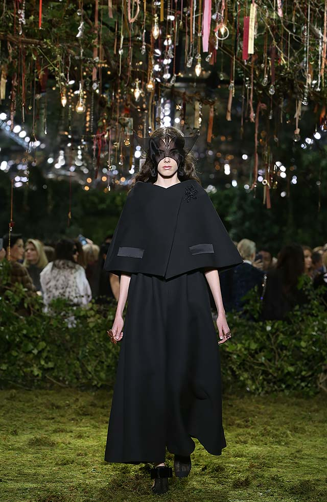 Dior-haute-Couture-SS17-Look-3-black-cape-maxi-skirt-statement-rings-collection