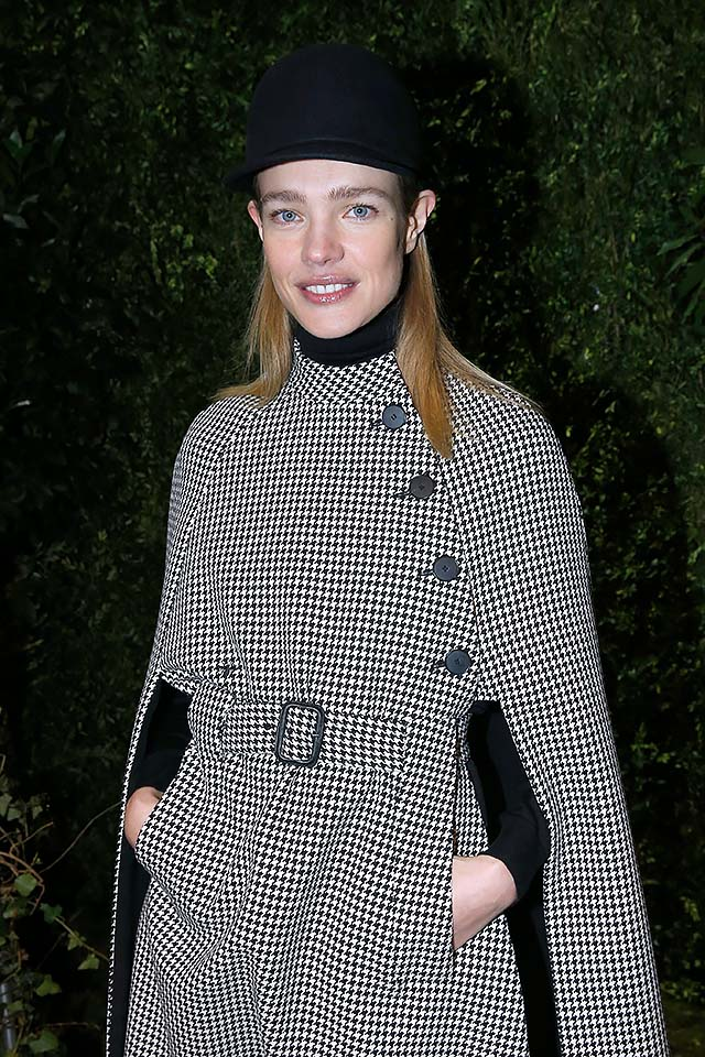 Dior-ss17-haute-couture-Natalia-Vodianova-spring-summer-2017-collection-coat-celebrity.jpg