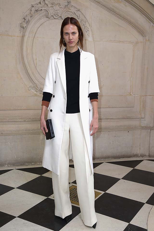 Dior-ss17-haute-couture-spring-summer-2017-celeb-style-white-long-coat-Aymeline-Valade-.jpg