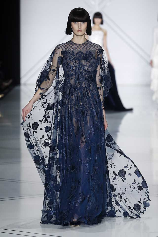 Ralph & Russo : Runway – Paris Fashion Week – Haute Couture Fall/Winter 2016-2017