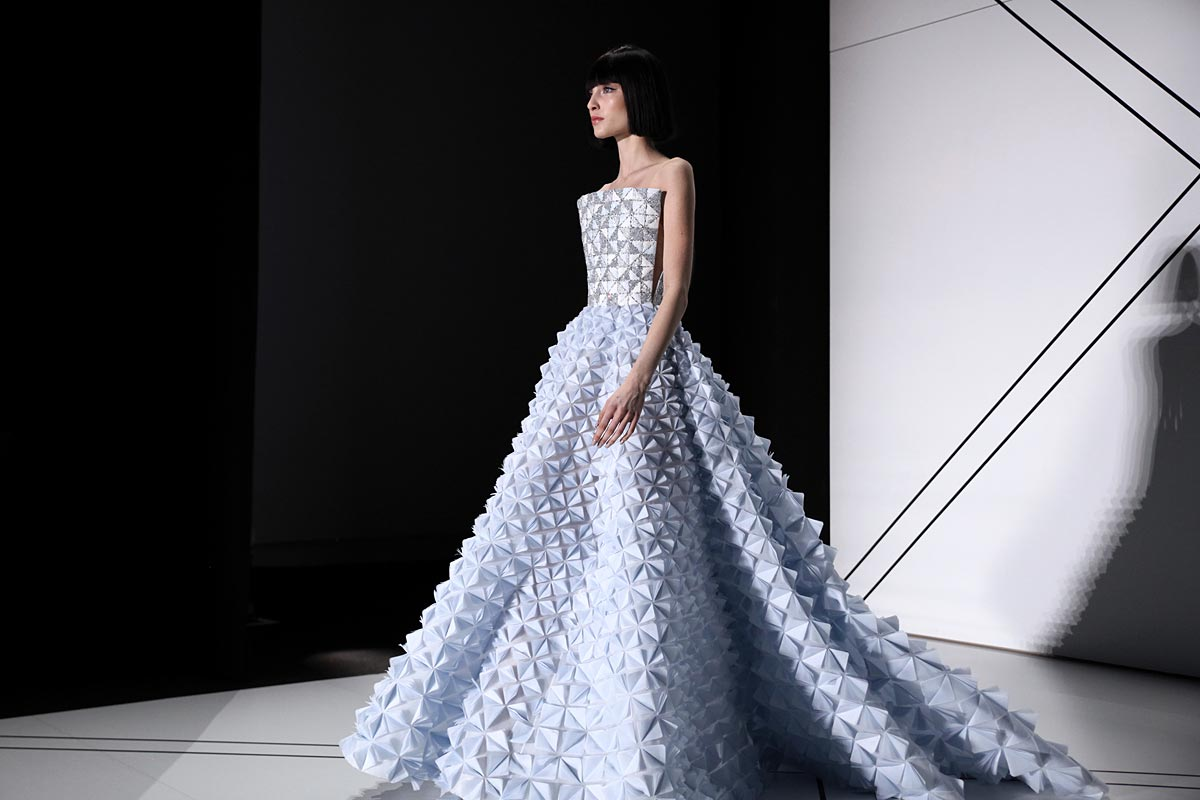 Ralph-&-Russo-SS17-spring-summer-2017-dress-powder-blue-geometric-pattern