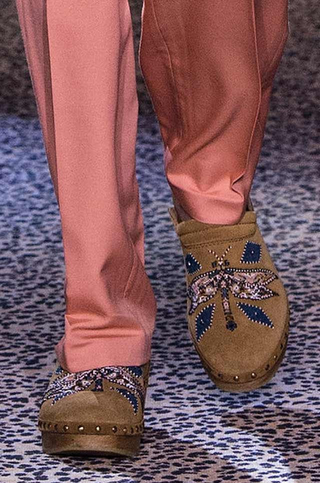 Roberto_Cavalli_SS17_latest-ss17-shoe-trends-spring-summer-2017