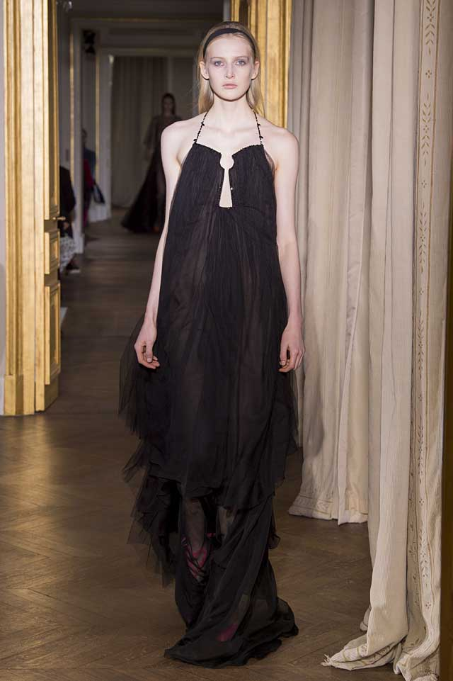 Schiaparelli_SS17_spring-summer-2017-couture (30)-black-gown