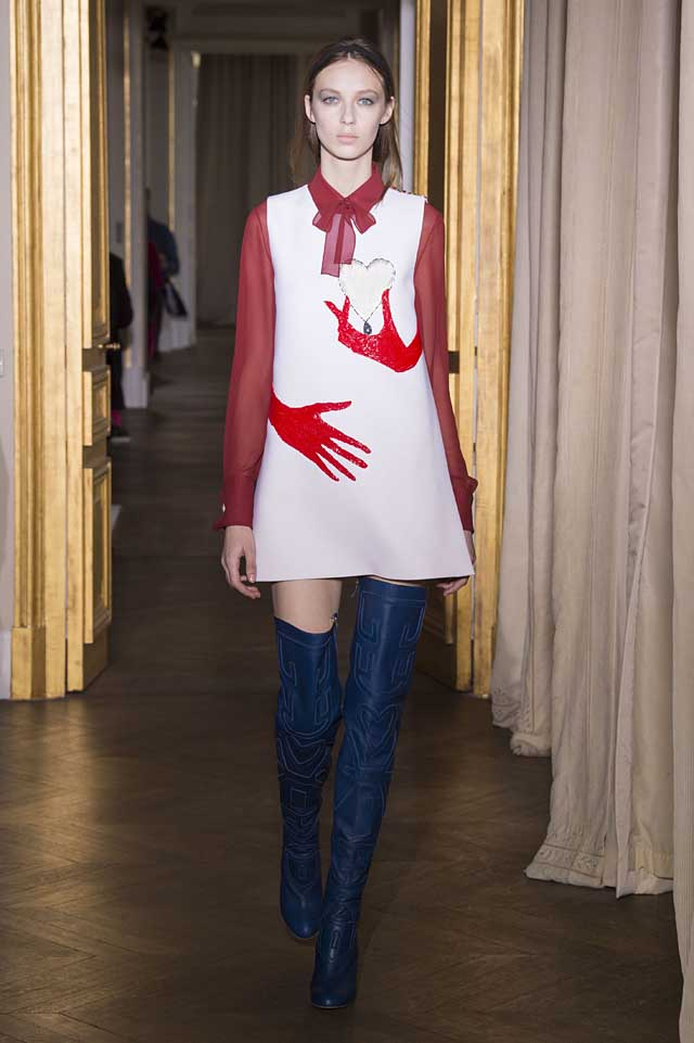 Schiaparelli_SS17_spring-summer-2017-couture (5)-hand-motif-dress-blue-over-the-knee-boots