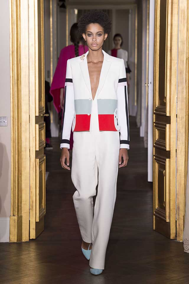 Schiaparelli_SS17_spring-summer-2017-couture (6)-white-suit-jacket