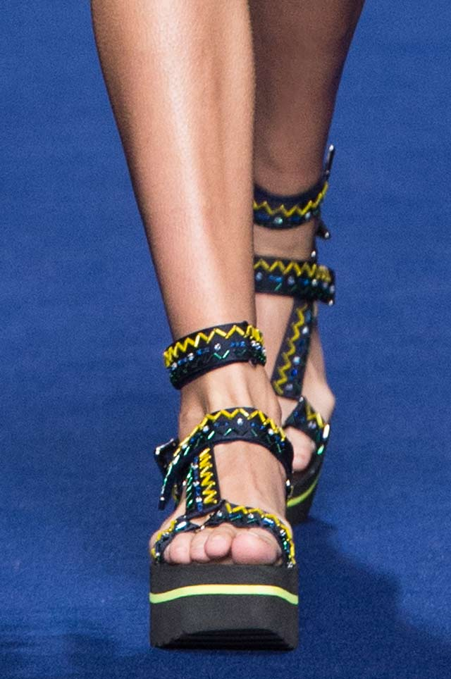 Versace-Women-SS17_latest-ss17-shoe-trends-spring-summer-2017-embroidered