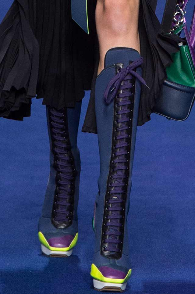 Versace-Women-latest-ss17-runway-shoes-trends-spring-summer-2017-tie-up-lace