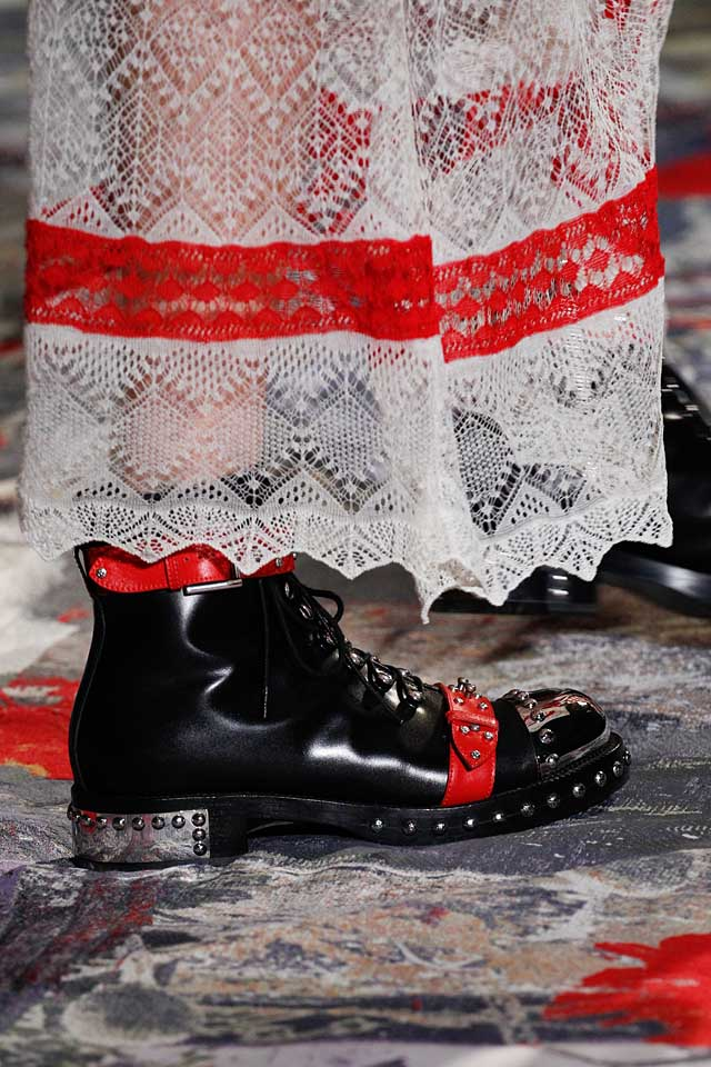 alexander-mcqueen-latest-spring-summer-2017-shoe-trends-red-black-two-tone-studded-booties