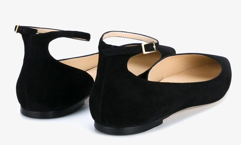 black-ballerian-flats-shoes-never-go-out-of-fashion