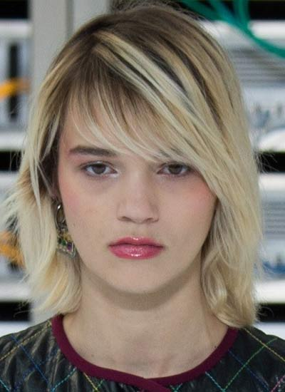 bob-cut-latest-haircut-for-spring-summer-2017-hairstyles-eyebrow-covering-bangs