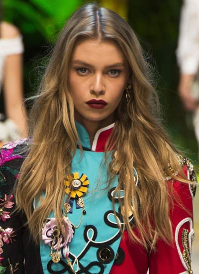 center-parted-long-hair-latest-hair-cuts-for-ss17-trendy-ideas-dolce-gabbana