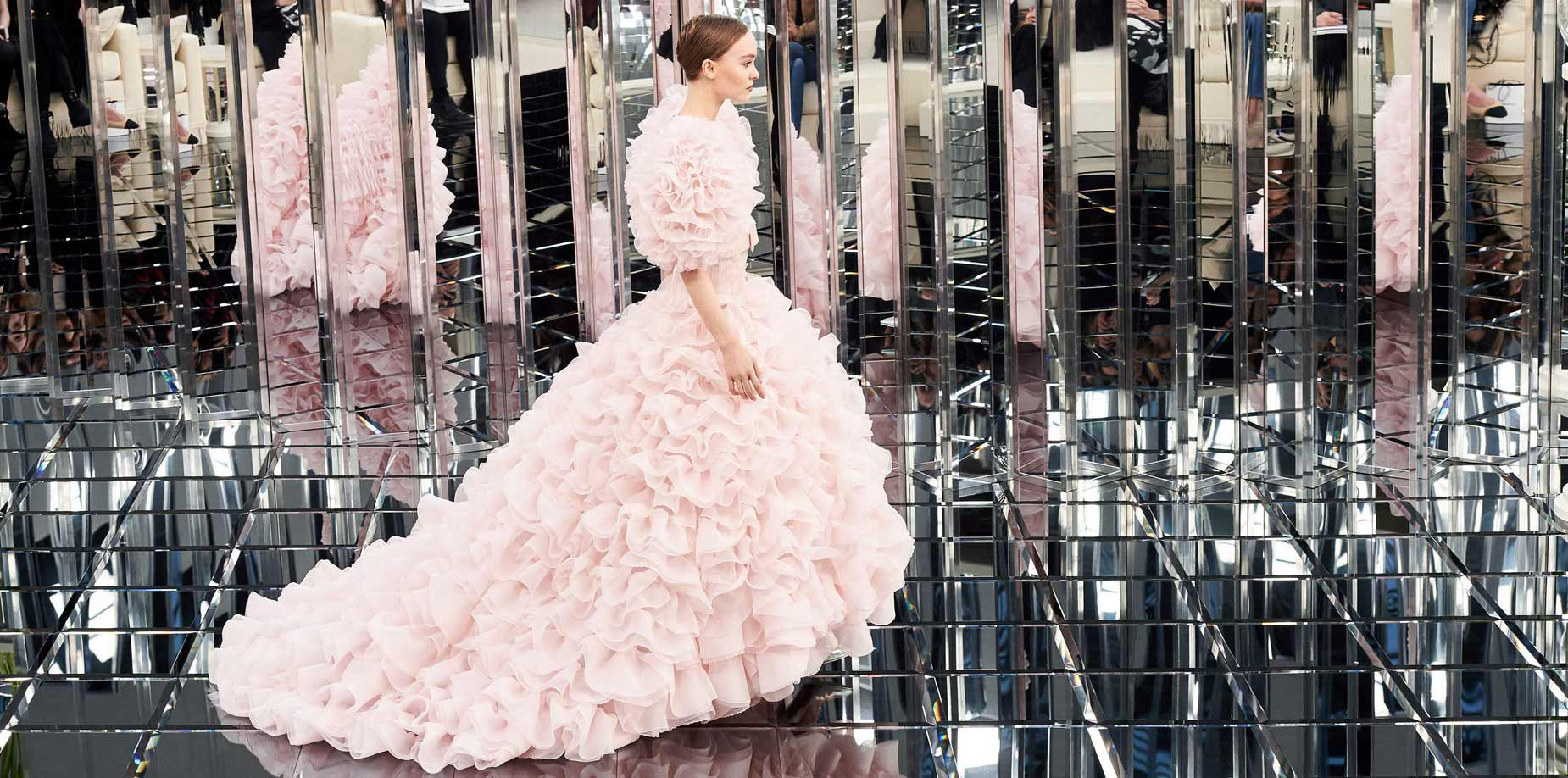 Chanel haute couture spring summer 2017 collection all looks for Haute couture 2017