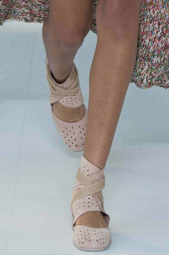 chanel-latest-designer-nude-shoes-top-spring-summer-2017-shoe-trends-flats