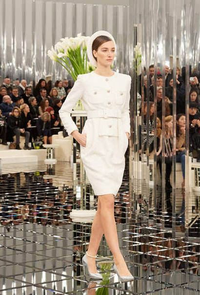 chanel-spring-summer-2017-couture-collection (16)