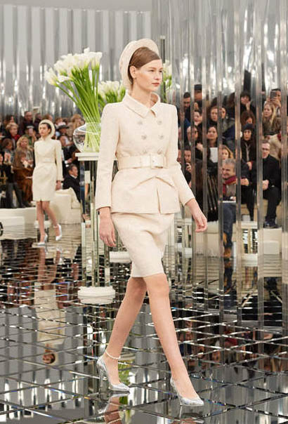 chanel-spring-summer-2017-couture-collection (19)