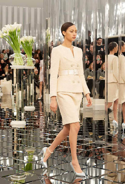 chanel-spring-summer-2017-couture-collection (21)