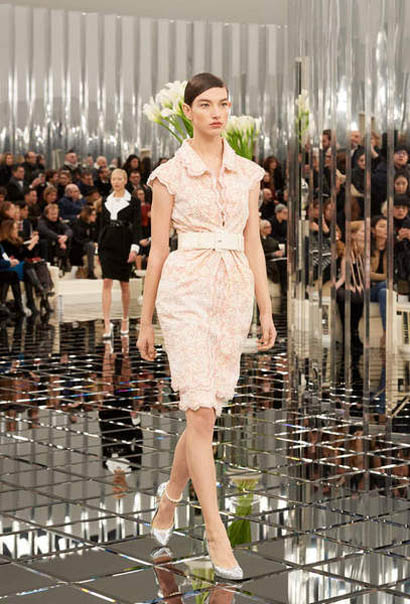 chanel-spring-summer-2017-couture-collection (23)