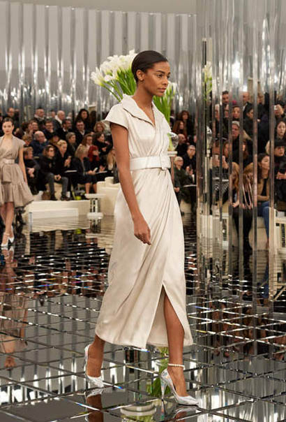 chanel-spring-summer-2017-couture-collection (28)