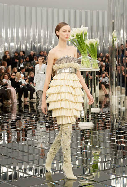 chanel-spring-summer-2017-couture-collection (32)