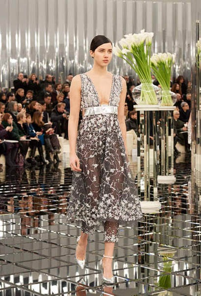 chanel-spring-summer-2017-couture-collection (38)