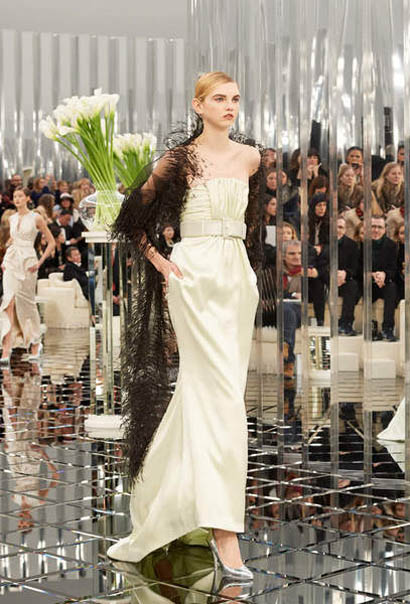 chanel-spring-summer-2017-couture-collection (44)