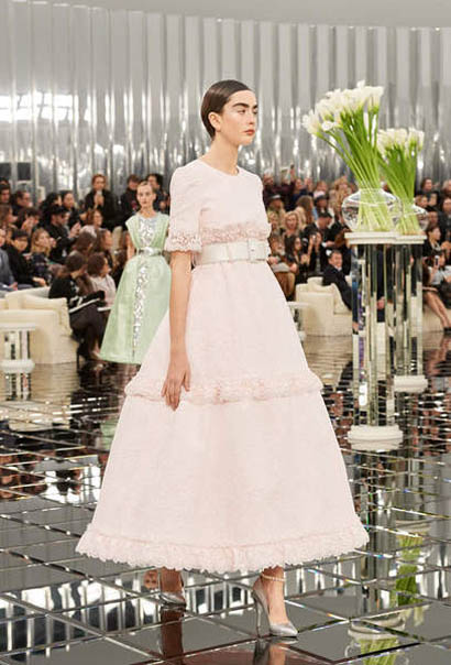 chanel-spring-summer-2017-couture-collection (50)