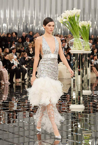 chanel-spring-summer-2017-couture-collection (63)