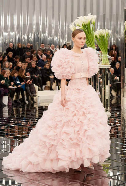 chanel-spring-summer-2017-couture-collection (66)