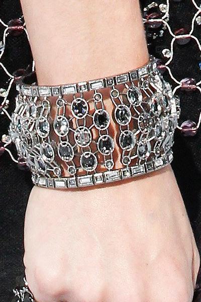 chanel-statement-bracelets-spring-summer-2017-fashion-jewelry-long-ss17-fashion