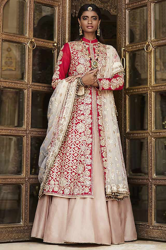 designer-lehenga-choli-for-wedding-2017-sue-mue-jacket