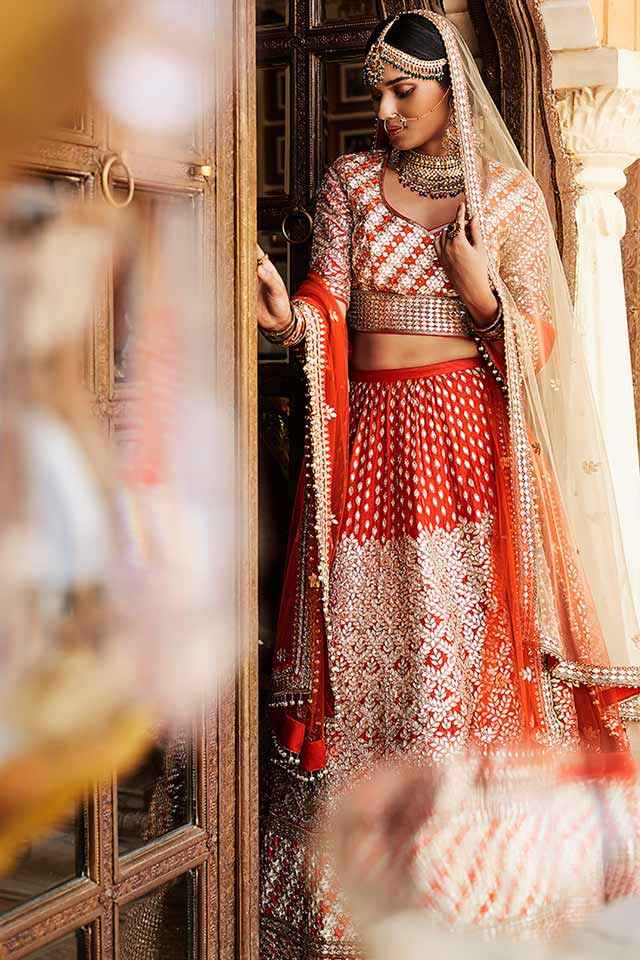 designer-lehenga-choli-for-wedding-2017-sue-mue-orange