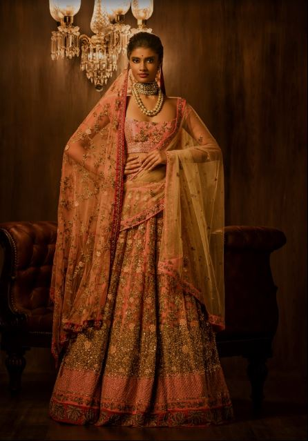 designer-lehenga-for-wedding-shyamal-bhumika-pink-yellow-gold-2017