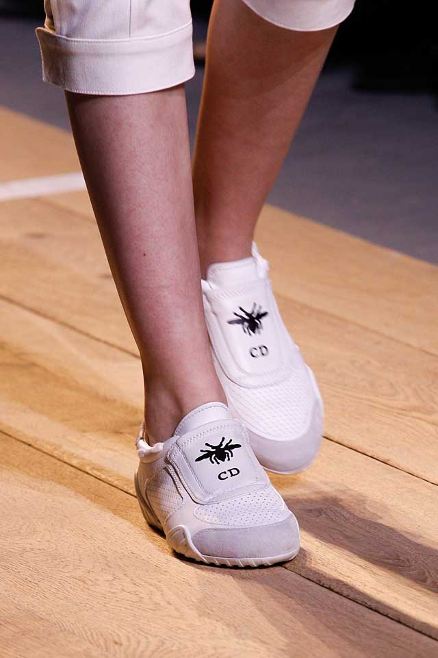 dior-latest-top-spring-summer-2017-shoe-trends-white-slip-on-sneakers