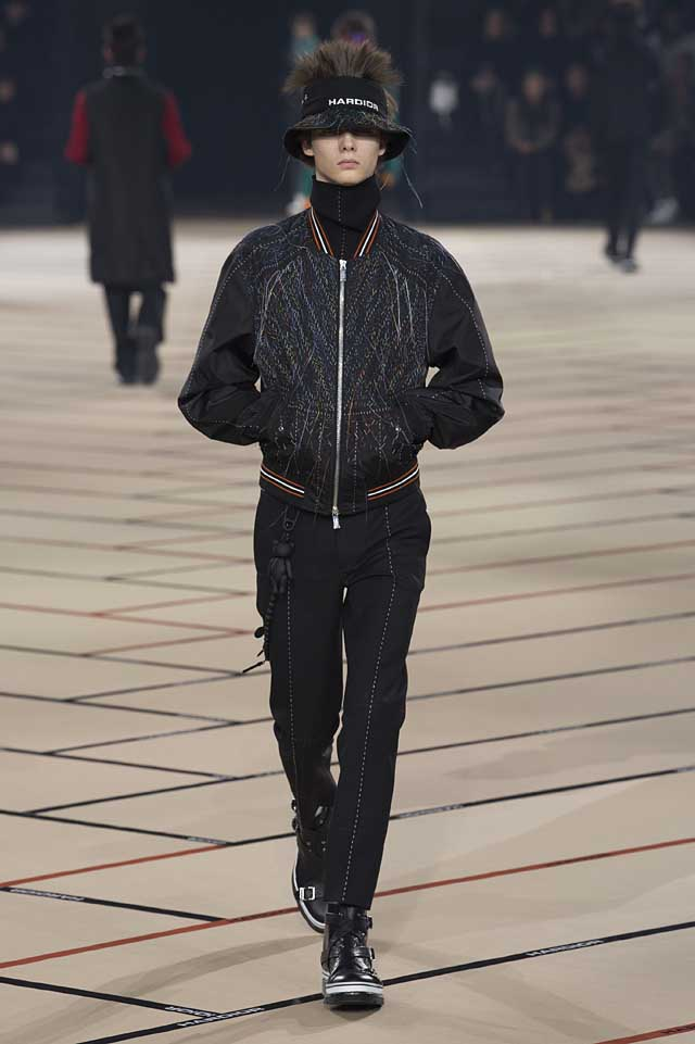 dior_fw17-fall-winter-2017-menswear-mens (16)-jacket-quilted-sleeves-hat-winterwear