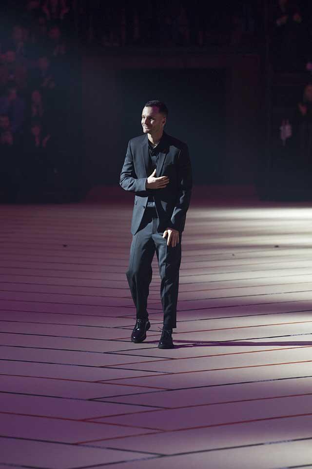 dior_fw17-fall-winter-2017-menswear-mens (50)-suits-winterwear-classic-black