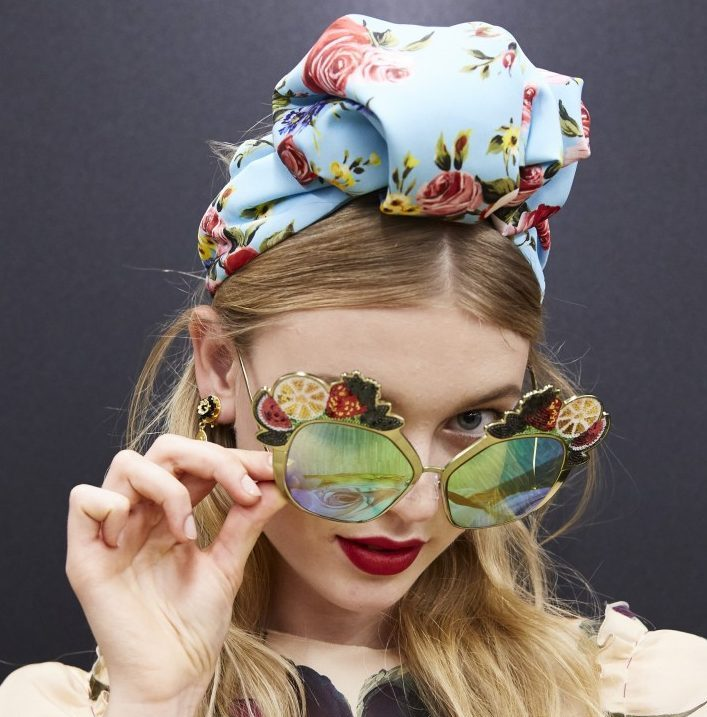 dolce-and-gabbana-summer-2017-women-fashion-show-sunglasses-trends