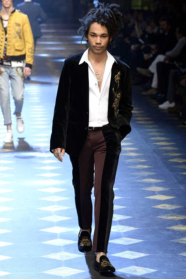 dolce-gabbana-fall-winter-2017-2018-fw17-menswear-men-striped-pants-embroidered-black-jacket